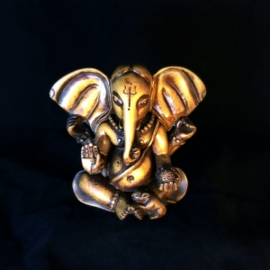 8771_01 Big Ear Ganesh 5_ bone