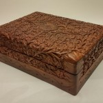 2949_01 wood box carved 7x5