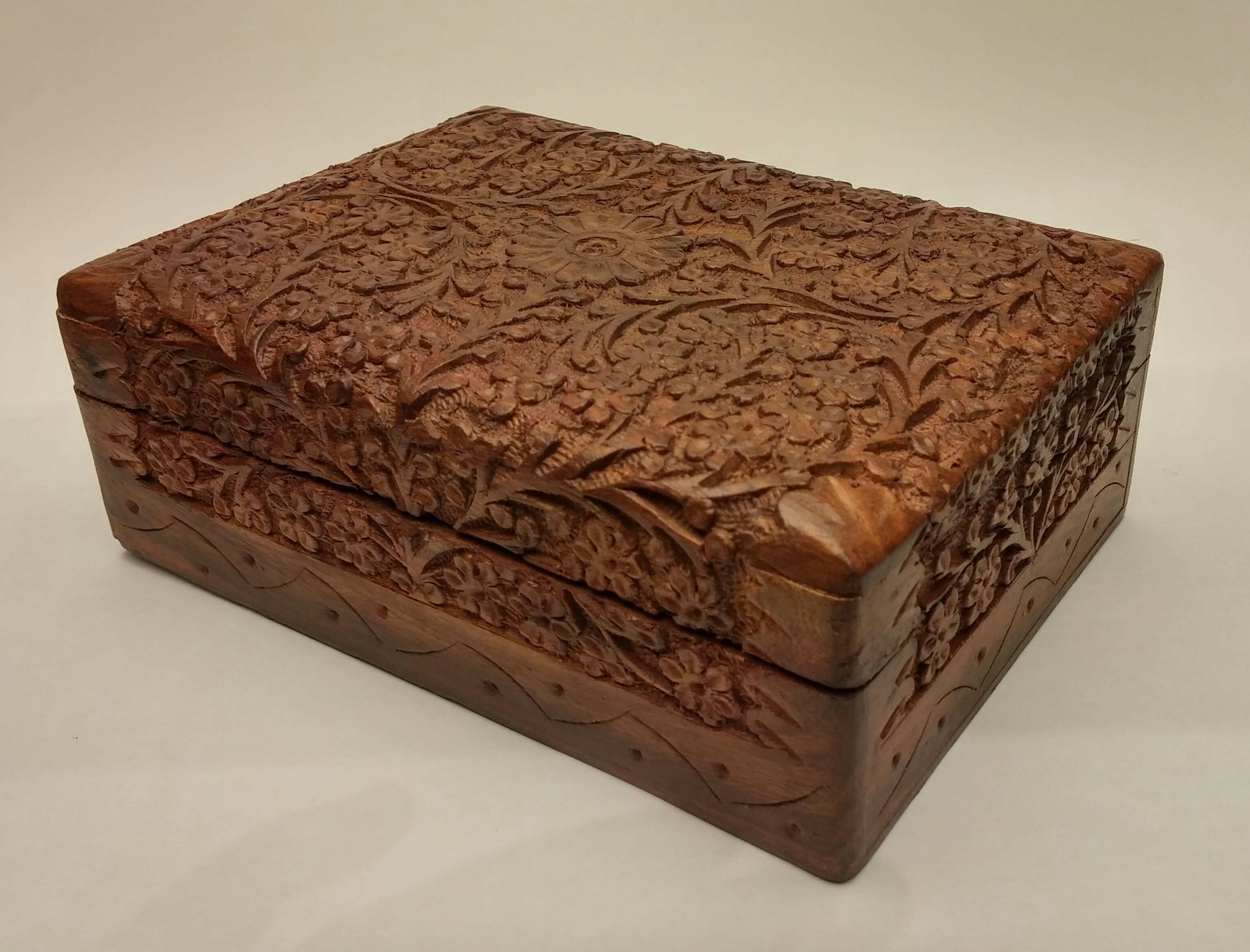carved wood box - Decorative Boxes