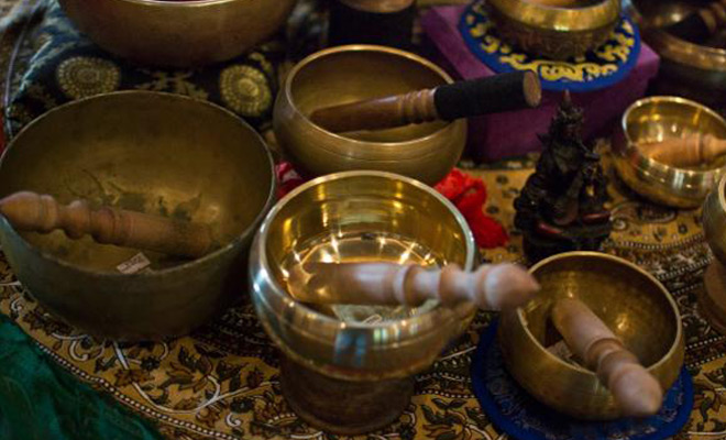 Singing-bowls-hear-our-stories